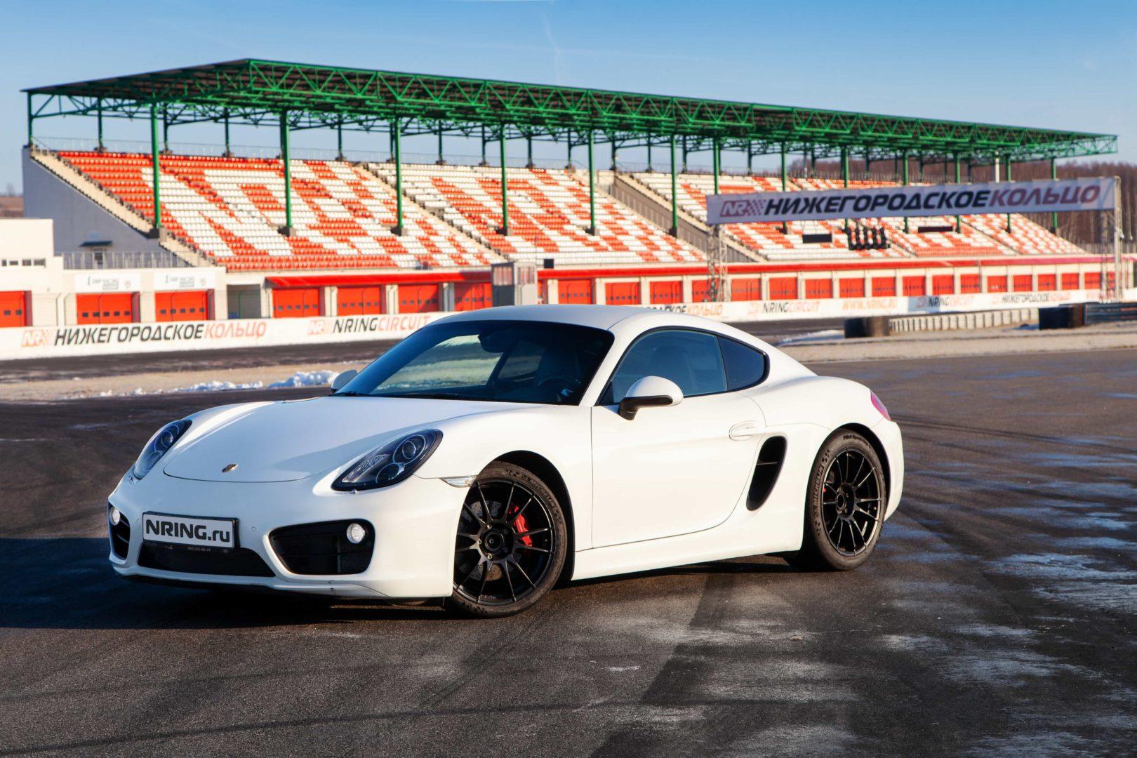 Подарочный сертификат на гонки на Porsche Cayman