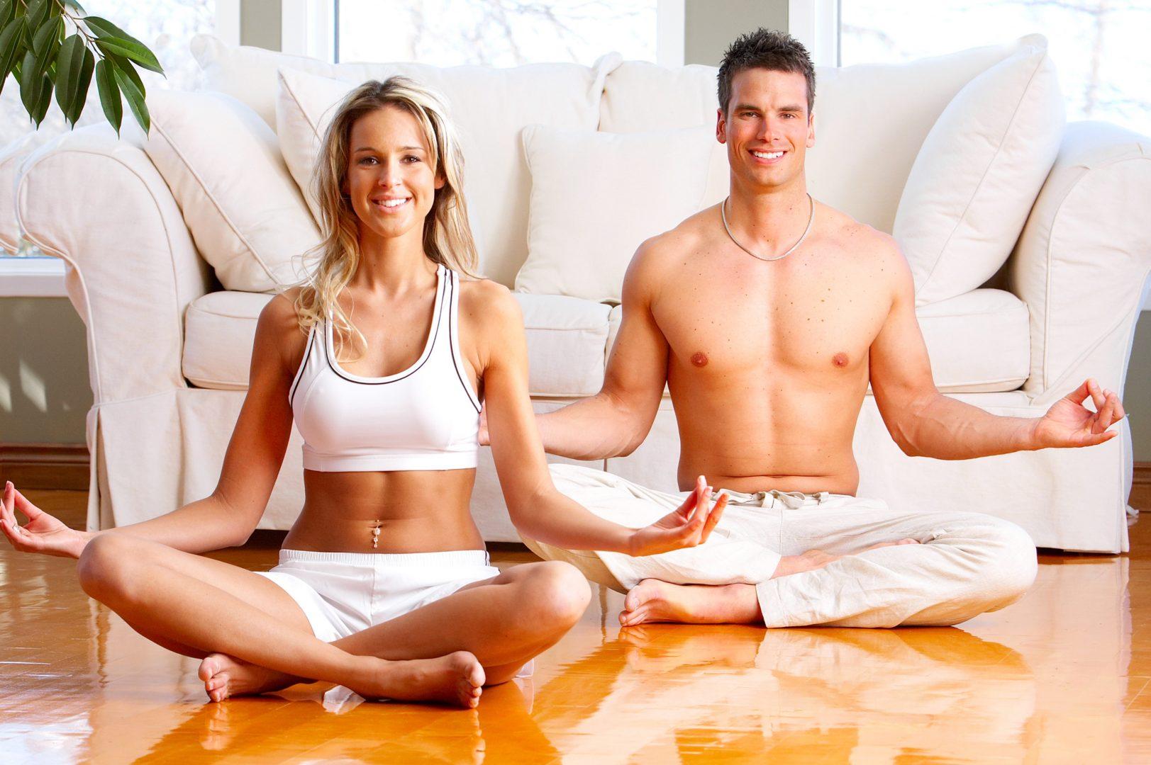 Йога для двоих